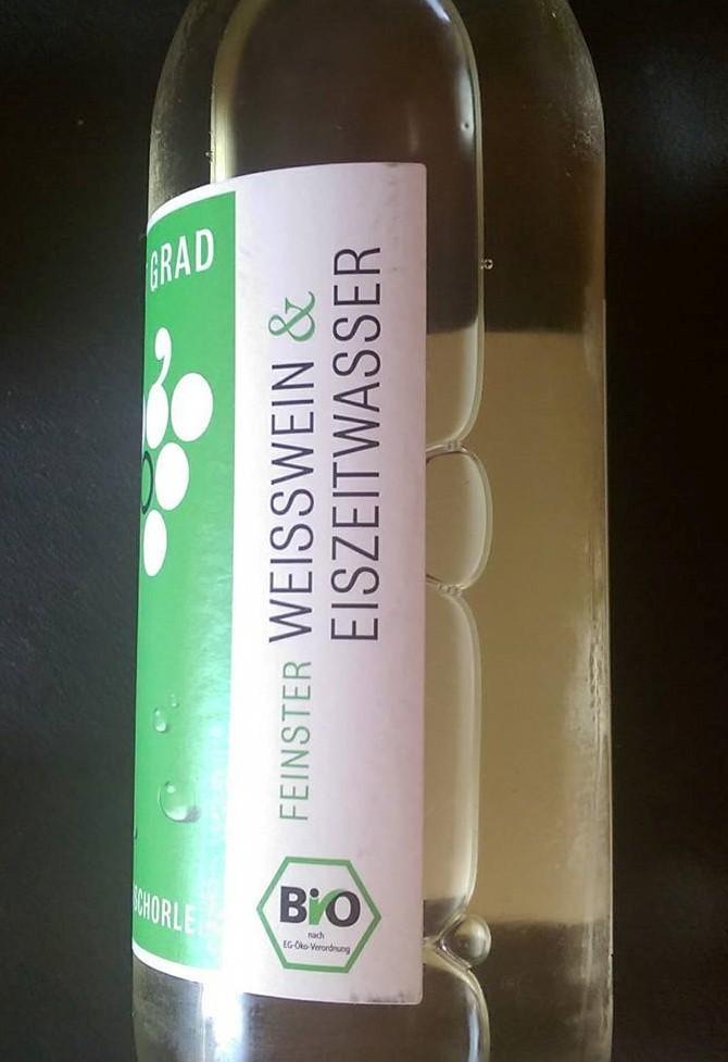 Acht Grad, Weissweinschorle, Eiszeitwasser